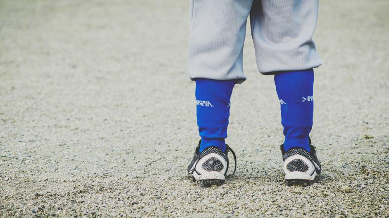 Si vas a regalar calzado deportivo infantil, escoge el adecuado
